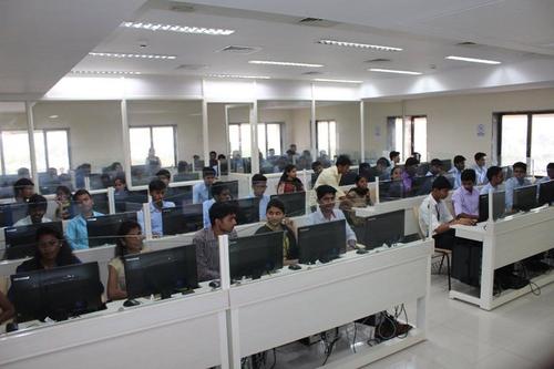 IT Lab of Chetanas Hazarimal Somani College of Commerce and Economics Smt Kusumtai Chaudhari College of Arts Mumbai_IT-Lab